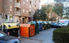 FCC cambia 37 contenedores de plástico e instala 35 nuevas papeleras