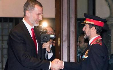 Ninguna institución política catalana recibe a Felipe VI a su llegada al Palau