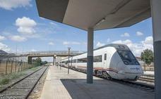 Una avería técnica impide la salida del tren Villanueva-Badajoz
