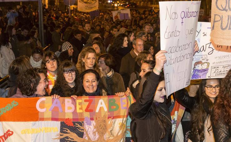 Celebración del 8 de marzo en las calles de Plasencia
