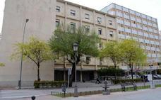 El juicio en Badajoz contra un hombre por abusar de su sobrina es aplazado
