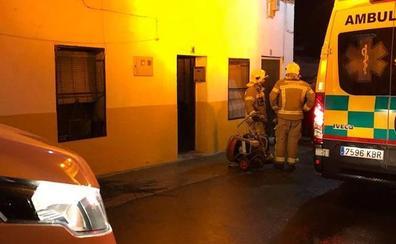 En estado crítico un joven de 24 años y tres heridos leves en un incendio en Riolobos