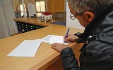 Educación asegura que no va a suprimir ninguna unidad del IES Profesor Pacheco de Cáceres