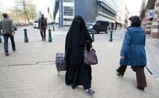 El Partido Islam belga propone «segregar por sexos en el autobús para proteger a la mujer»