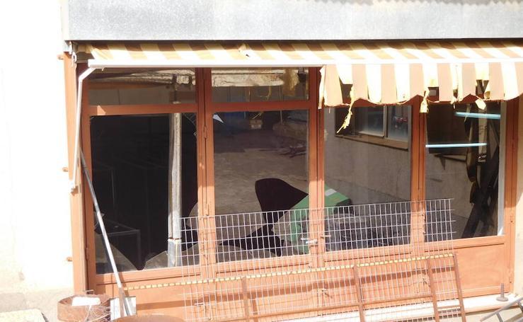Daños ocasionados por una deflagración en una vivienda de Cabeza del Buey