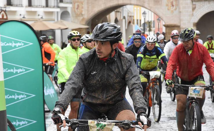 De barro hasta las cejas en el Desafío San Fernando de Badajoz