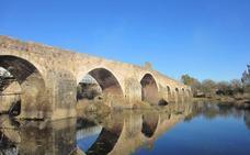 Amigos de Badajoz organiza este domingo una visita guiada al puente de Cantillana