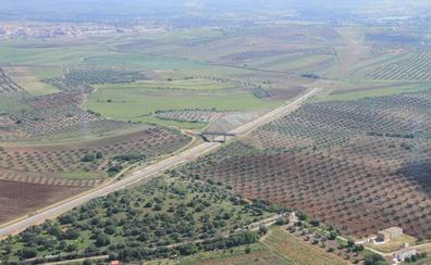 A información pública las expropiaciones del AVE para el acceso a Mérida