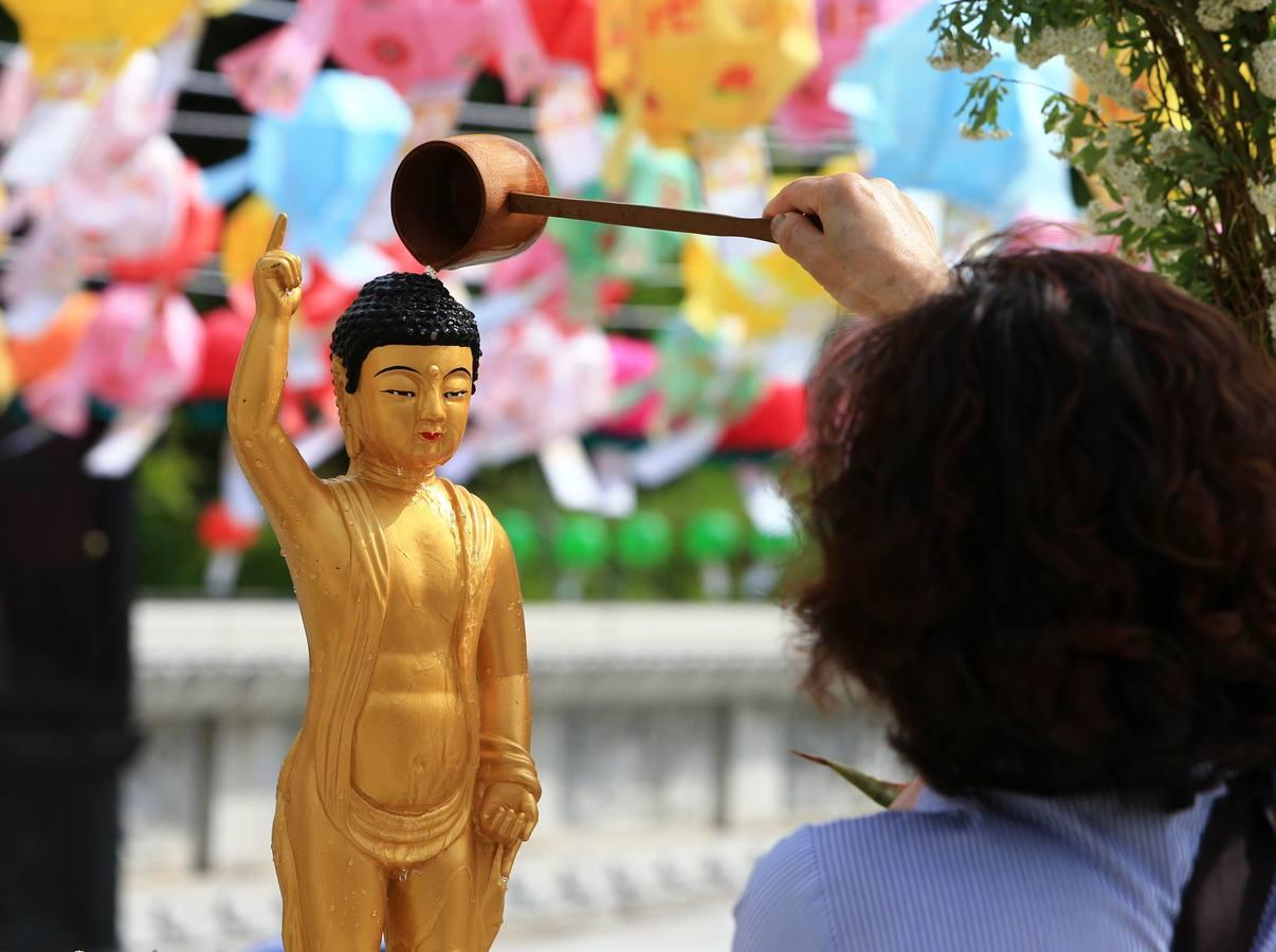 Celebraciones por el aniversario de Buda