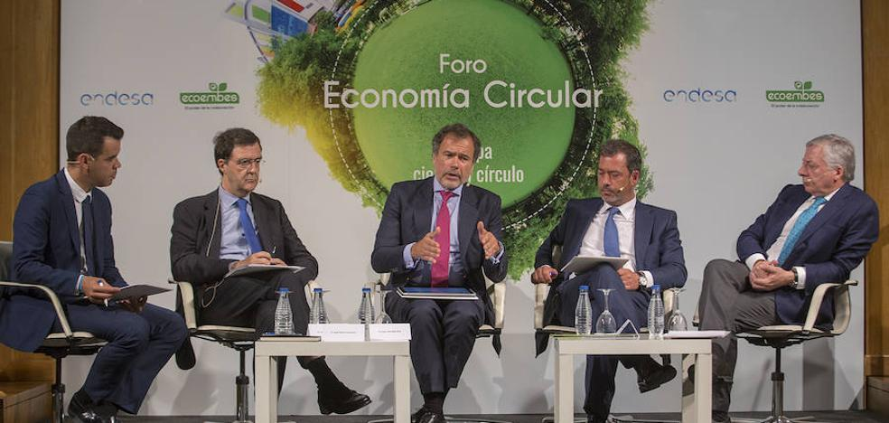 La UE insta a España a no quedarse «rezagada» de la economía sostenible