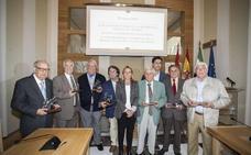 Cáceres reconoce a los representantes vecinales más antiguos