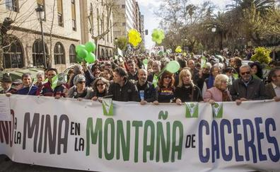 El apoyo de la mina de litio de Cáceres solo es mayoritario entre los votantes del PP