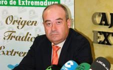 El expresidente de Corderex recibe la Encomienda al Mérito Agrario a título póstumo
