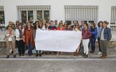 Los docentes y los padres respaldan la labor del colegio San Francisco