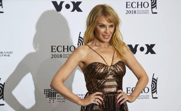 Kylie Minogue Desnuda A Los 50 Hoy