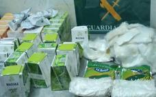 Detenido en Barajas un hombre de Don Benito que llevaba 12 kilos de cocaína en paquetes de comida