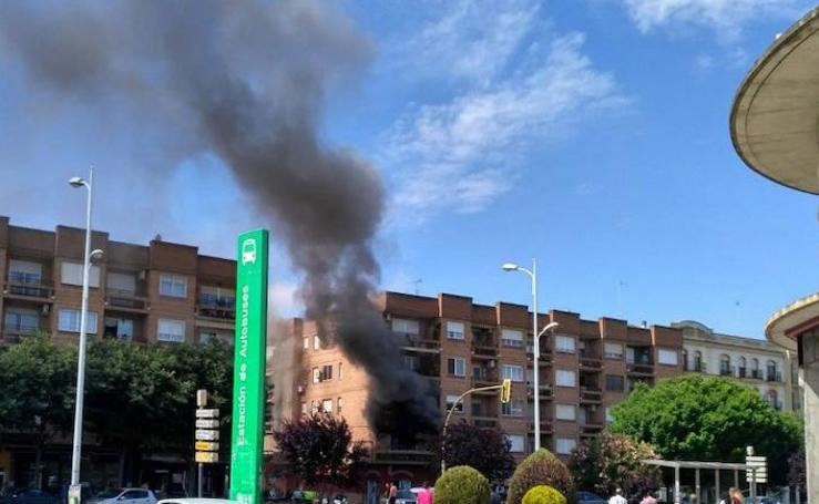 El incendio en una vivienda de Don Benito ha causado graves daños materiales