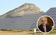 Usagre e Hinojosa ya recogen currículos para trabajar en la planta fotovoltaica