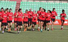 El fútbol femenino reina en Mérida