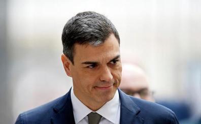 Sánchez recorre las instalaciones de La Moncloa como presidente