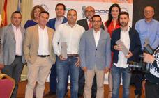Empresarios y autónomos recogen en Villanueva de la Serena el premio a su esfuerzo