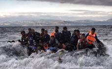 Nueve refugiados, entre ellos seis niños, mueren ahogados en la costa turca tras hundirse su lancha