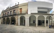 Las obras del porticado de la plaza de España de Villanueva entran en su recta final
