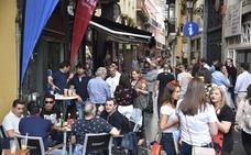 La Junta rectificó el horario de cierre en Los Palomos por las peticiones de bares y colectivos