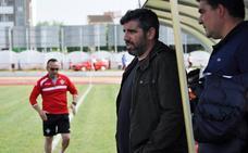 El Don Benito hace oficial la renovación de Juan García para la próxima campaña