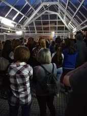 Los estudiantes extremeños se concentran para protestar por la repetición de los exámenes