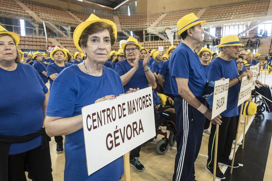 Mayores de Badajoz exhiben su forma física en La Granadilla