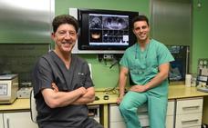 «La sinergia entre especialistas nos hace mejorar la calidad y ofrecer mejores resultados a largo plazo en implantología dental»