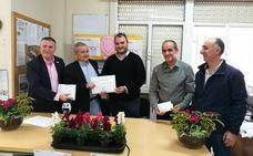 El taller de jardinería de Villafranca entrega 1.426 a la AECC