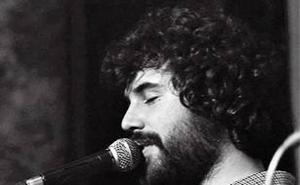 Pepe Peña ofrece un concierto en la Hernán Cortés