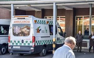 El PSOE se queda solo en la defensa de un boicot en el traspaso de las ambulancias