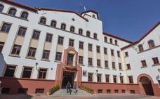 La Policía Nacional de Badajoz detiene a un hombre por estafar 160.000 euros