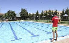 Las piscinas municipales de Mérida abrirán al público este viernes