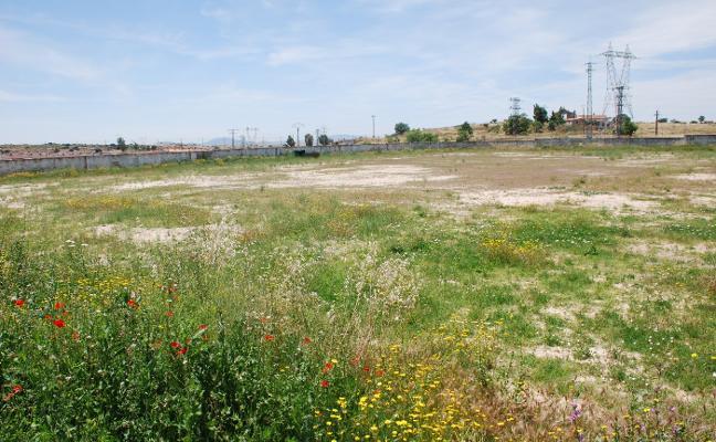 Deportes no se olvida del proyecto de las pistas de pádel y de atletismo en Trujillo