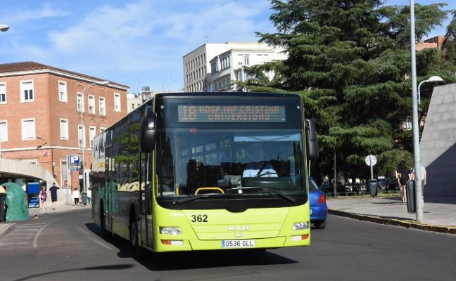 El Consistorio de Badajoz amplía la concesión a Tubasa a 2037 para financiar los nuevos autobuses