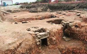 El alcalde de Fuente del Maestre propone un puente para salvar el yacimiento romano