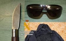 Detenido por robar armado con una navaja dos tiendas en Azuaga y Llerena
