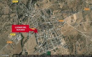 Un hombre de 61 años, herido grave tras chocar un coche y una moto en Burguillos del Cerro