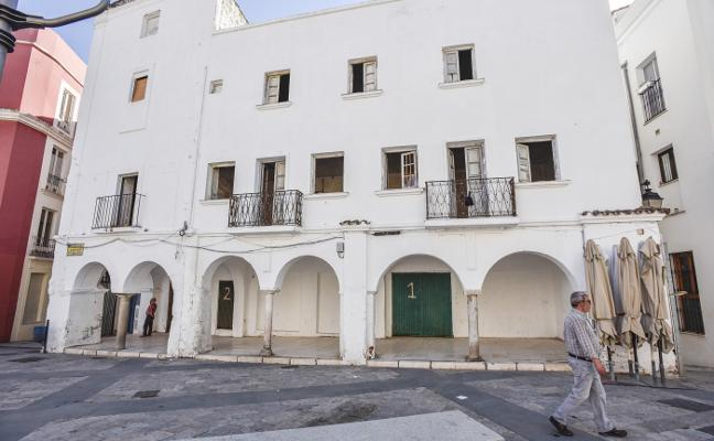 El edificio que queda por rehabilitar en la Plaza Alta de Badajoz se convertirá en un apartotel