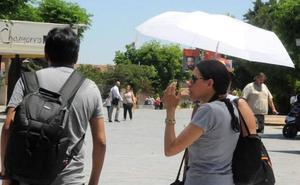 La primera ola de calor en Extremadura obligará a activar la alerta por altas temperaturas este lunes