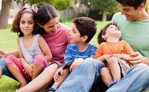 Extremadura, entre las regiones que ofrecen una web para resolver dudas en la crianza de los hijos