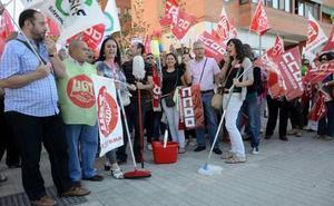 Desconvocada la huelga de limpieza en edificios y locales de Badajoz