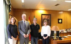 Convenio de la UEx y Altadis para investigar el reciclaje de colillas como material acústico