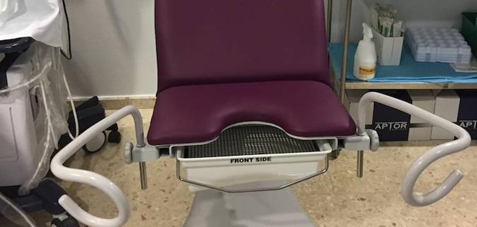La sala de Ginecología del Hospital de Mérida cuenta con una mesa adaptada para mujeres discapacitadas
