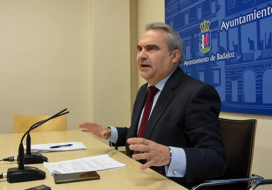 Fragoso pide que no se utilice a los ciudadanos de Badajoz como rehenes en la huelga de limpieza