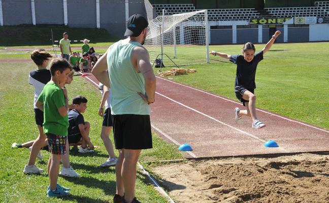 Olimpiadas escolares en la Ciudad Deportiva de Plasencia